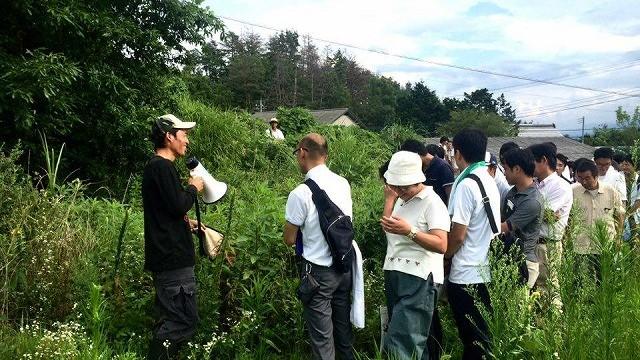 川崎から小学校の先生が50人も! ビヨンド自然塾訪問